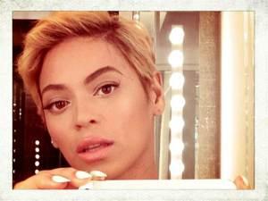 Selfie - Beyonce